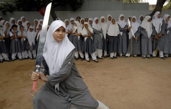Muslimah bela diri